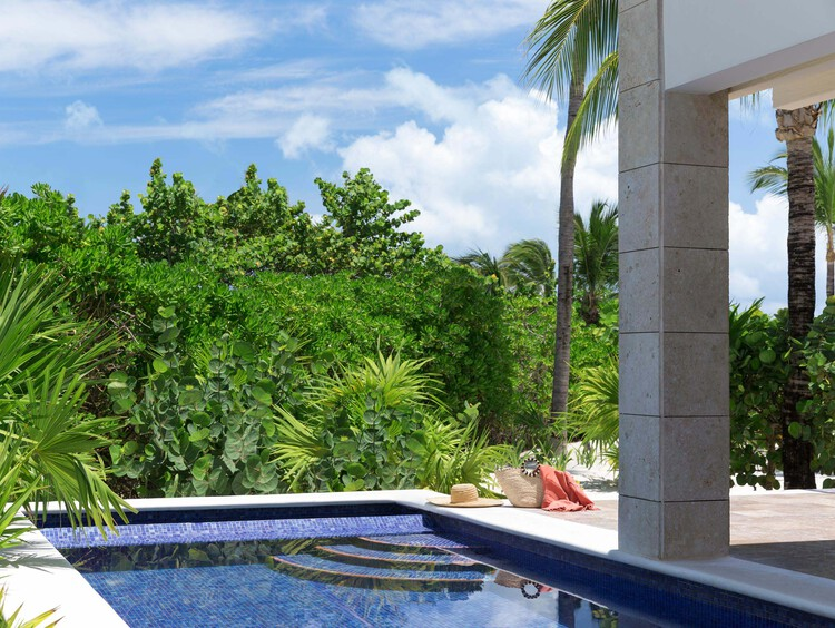 Honeymoon Suites with Private Pool and Jacuzzi in Cancun