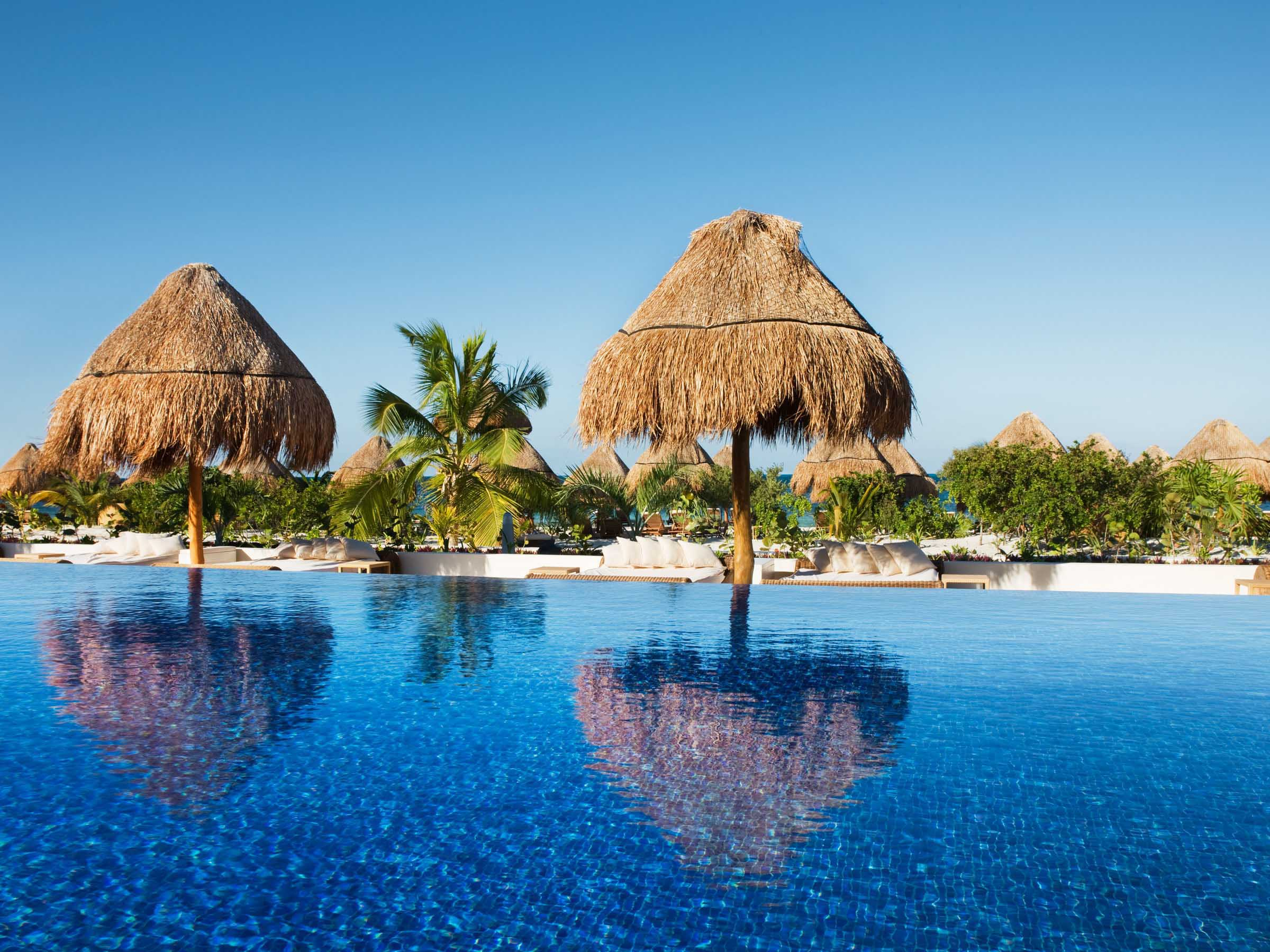 One of the Best Swim-Up Bars in Cancun